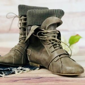 Steve Madden fold-over boots